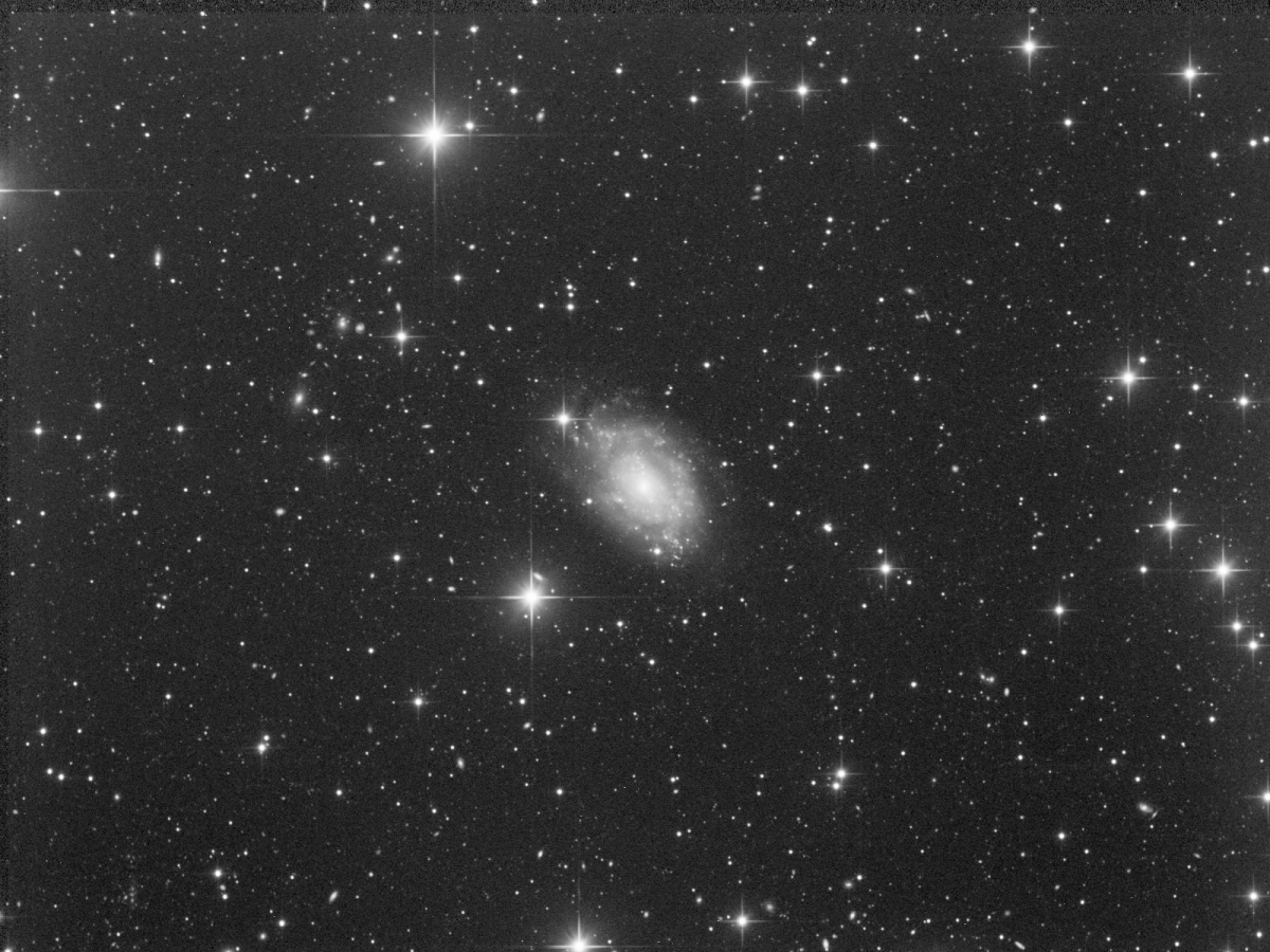 ngc5585_L_blauenst Scaled